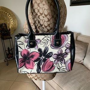 Wilsons Leather floral purse like New